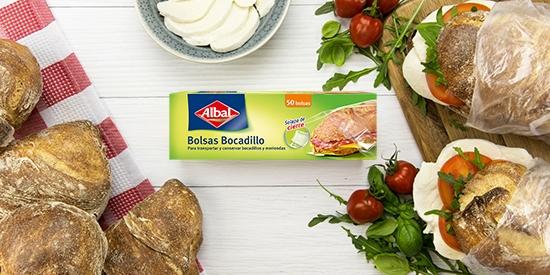 Alimentos siempre frescos con las Bolsas para bocadillos con solapa de Albal®.