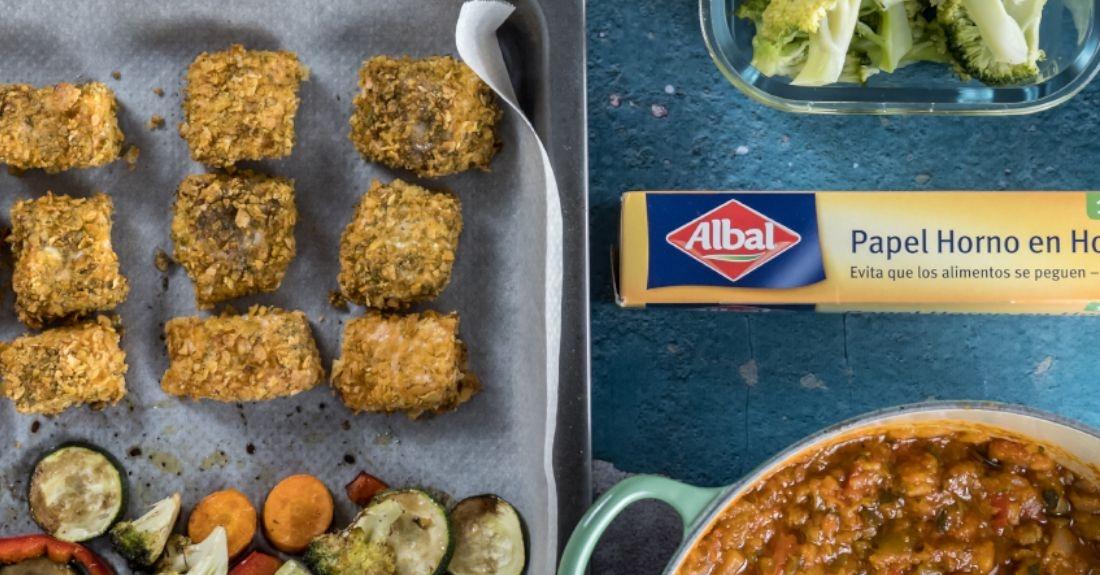 Bocaditos de salón y verduras al balsámico y papel de horno en hojas de Albal®