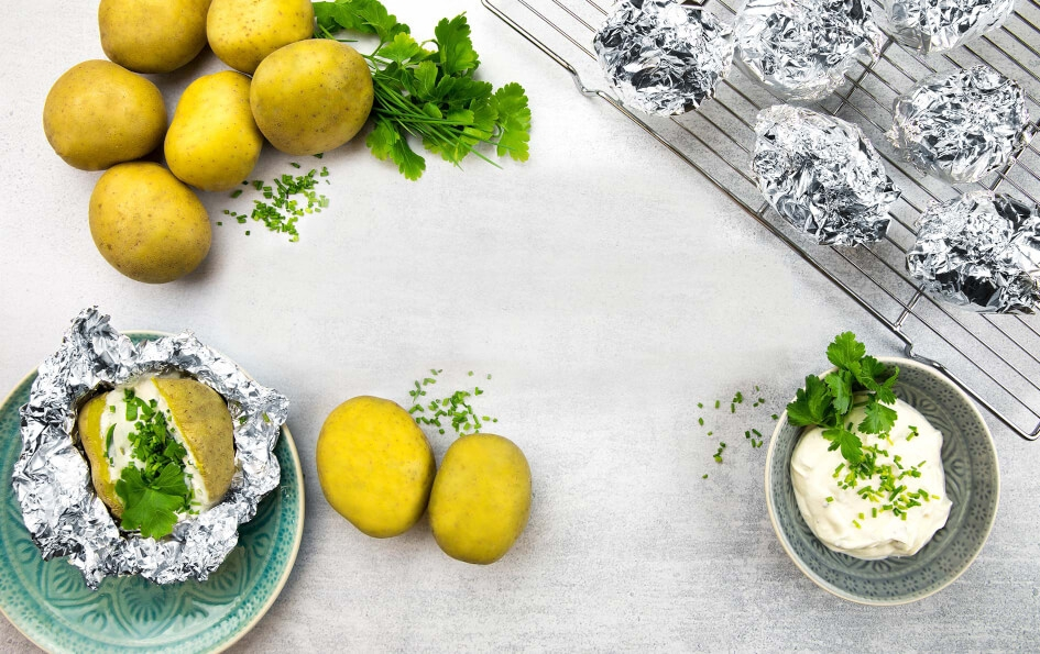 Patatas asadas con hierbas y papel de aluminio Albal®