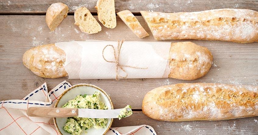 Receta Albal®: Hacer Pan baguettes con Albal®.