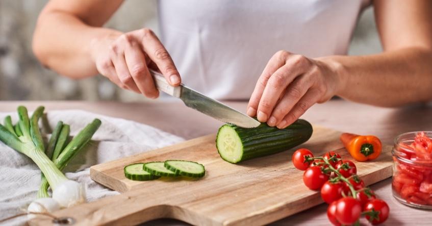 Receta de verano sencilla con restos de verdura: gazpacho andaluz