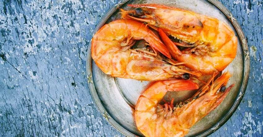 Truco Albal®: Lleva los langostinos y mariscos ya pelados a casa de familiares y amigos